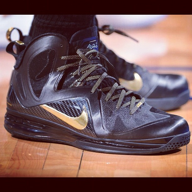 "uk availability 4e9c7 21f25 NikeHead   LeBron 9 Elite Black Gold ""Finals"""